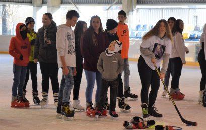 II. Jégtusa verseny a Nyíregyházi Városi Jégpályán